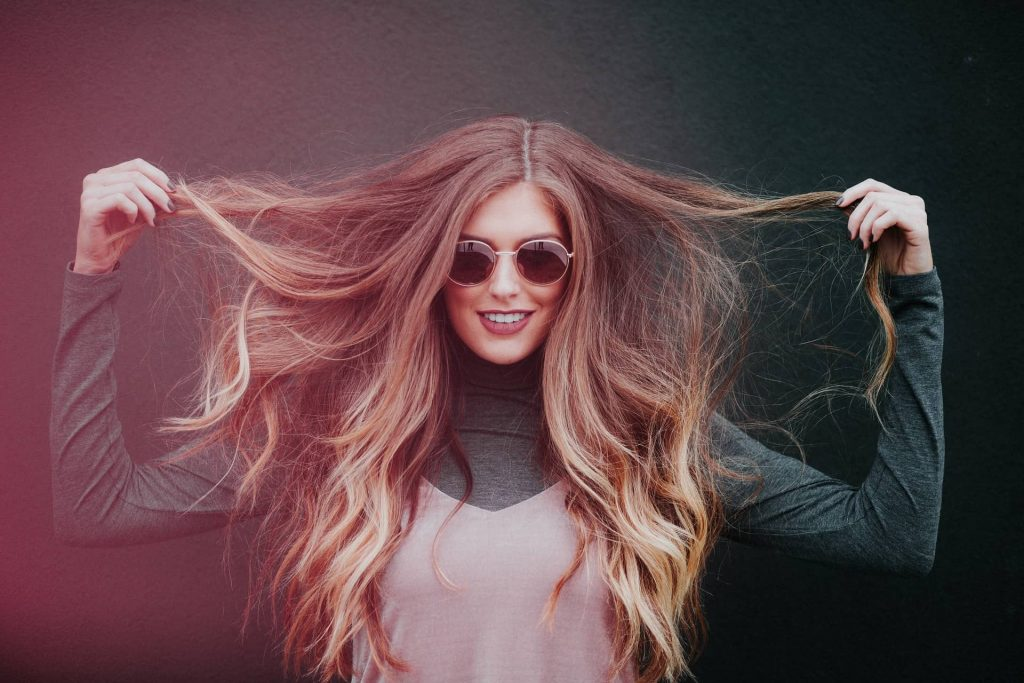 Experiencing Androgenic Alopecia (Men and Women Baldness)? Natural and Custom Hair Wigs Can Help